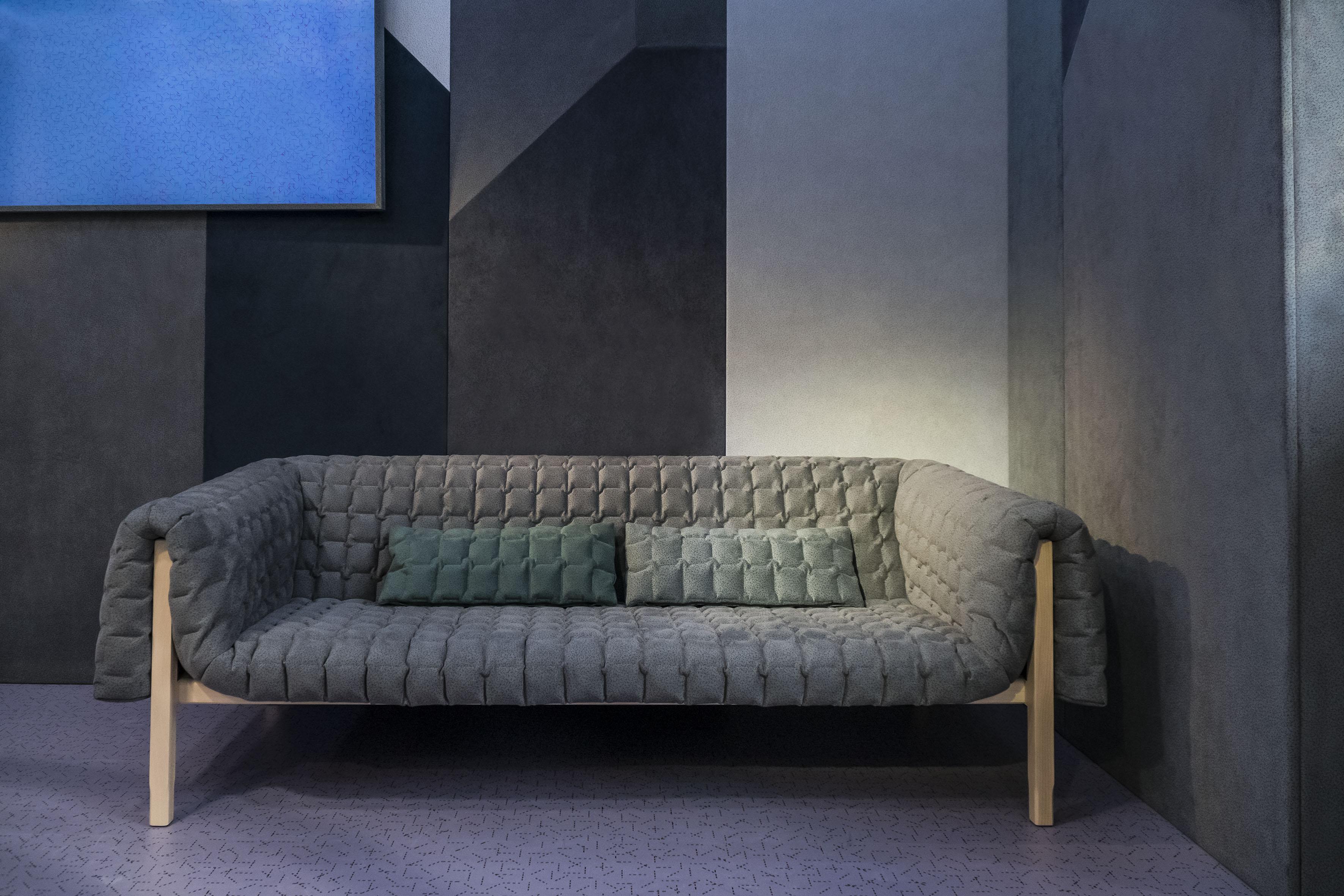 alcantara sofa fabulous materials with alcantara sofa. Black Bedroom Furniture Sets. Home Design Ideas